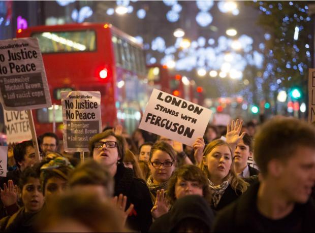 Ferguson protestolarına Londra'dan destek