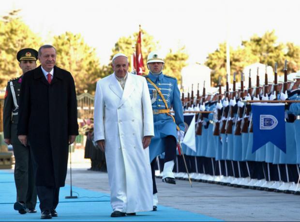 Papa'dan Orta Doğu'ya barış çağrısı