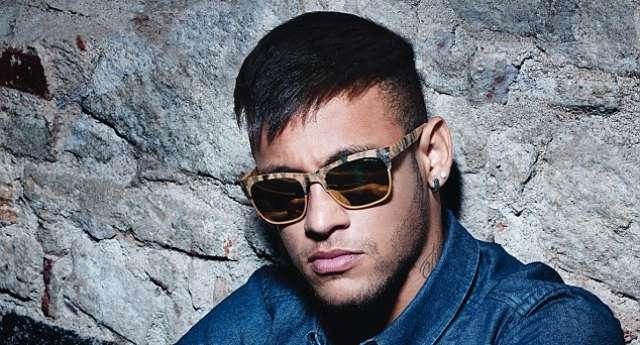 Yeni Kampanya Yüzü: Neymar