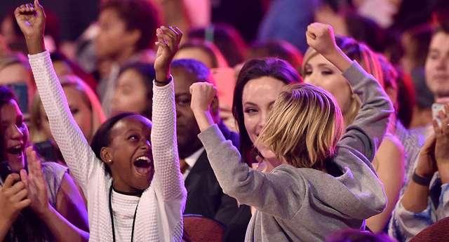 Jolie ve Kızları Havalara Uçtu